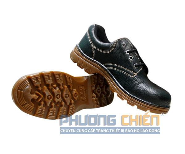 Giày bảo hộ lao động đối với sự an toàn của đôi chân